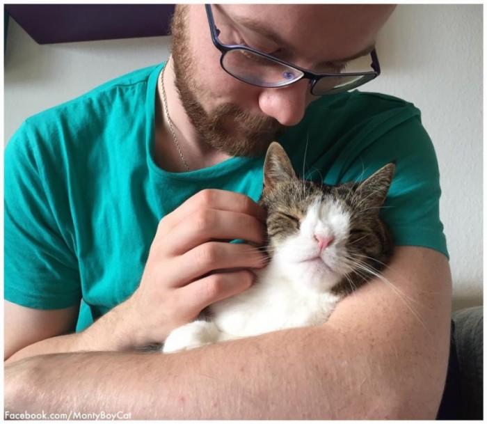 Пара думала, что взяли обычного котенка. Они понятия не имели, как сильно ошибаются.