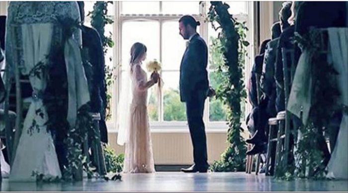 Невесте 11, а жениху 35… Посмотри, что сделали ее родители, когда настал день свадьбы.