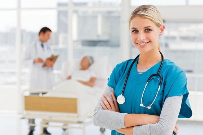 Медсестра удивилась, когда незнакомец позвал ее по имени, но это было только начало…
