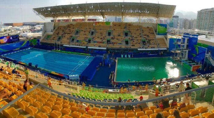 Так вот почему вода в олимпийском бассейне позеленела…