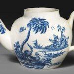 Этот старый чайник он купил за 15 фунтов. Увидев его, коллекционеры потеряли дар речи!