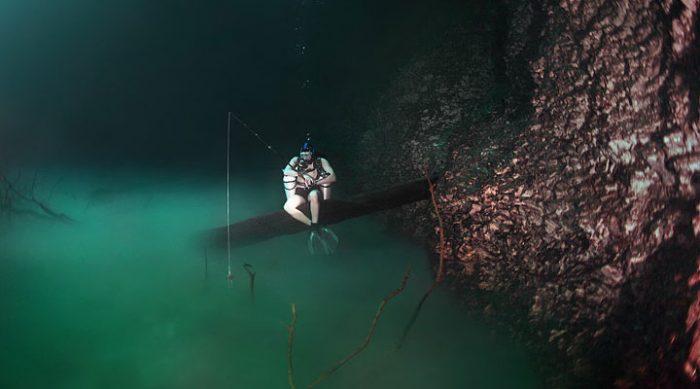 Загадочная подводная река на дне Черного моря