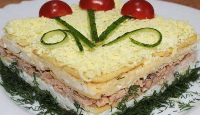 До неприличия вкусный закусочный салат. Очень рекомендую!
